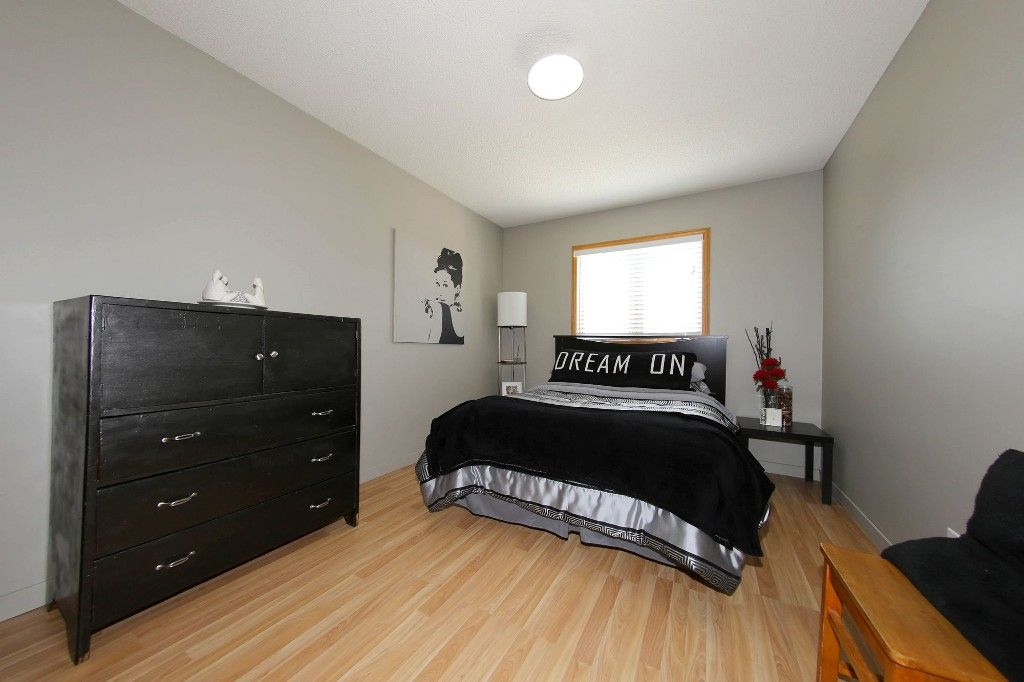 Photo 25: Photos: 123 Hunterspoint Road in Winnipeg: Charleswood Single Family Detached for sale (1G)  : MLS®# 1707500