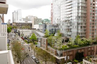 """Photo 6: 903 1001 RICHARDS Street in Vancouver: Downtown VW Condo for sale in """"MIRO"""" (Vancouver West)  : MLS®# V947357"""