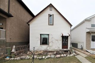 Photo 1: 379 Queen Street in Winnipeg: St James Residential for sale (5E)  : MLS®# 202110002