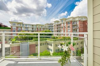 """Photo 17: 554 1432 KINGSWAY Street in Vancouver: Knight Condo for sale in """"KING EDWARD VILLAGE"""" (Vancouver East)  : MLS®# R2593597"""