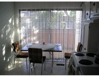 """Photo 2: 7389 MONTECITO Drive in Burnaby: Montecito Townhouse for sale in """"VILLA MONTECITO"""" (Burnaby North)  : MLS®# V667701"""