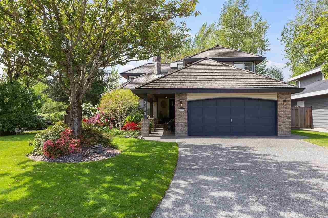 Main Photo: 12359 205 Street in Maple Ridge: Northwest Maple Ridge House for sale : MLS®# R2578826