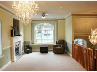 Photo 3: 11861 96TH Avenue in Surrey: Royal Heights House for sale (North Surrey)  : MLS®# F1304108
