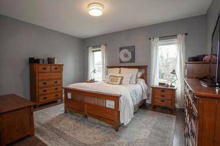 Photo 12: 372 Oak Forest Crescent in Winnipeg: The Oaks Residential for sale (5W)  : MLS®# 202108600