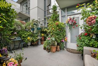 """Photo 35: 3F 1067 MARINASIDE Crescent in Vancouver: Yaletown Townhouse for sale in """"Quaywest"""" (Vancouver West)  : MLS®# R2620877"""