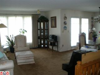 Photo 4: 17794 60TH Avenue in Surrey: Cloverdale BC House for sale (Cloverdale)  : MLS®# F1009989