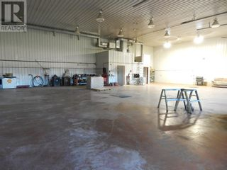 Photo 5: 11001 94 Street in High Level: Industrial for sale : MLS®# A1037121