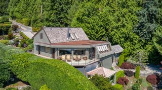 Photo 2: 6853 ISLAND VIEW Road in Sechelt: Sechelt District House for sale (Sunshine Coast)  : MLS®# R2610848