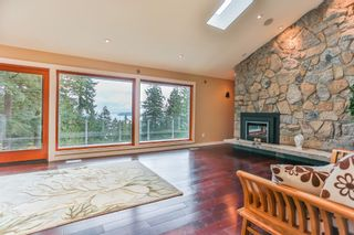 "Photo 2: 465 WESTHOLME Road in West Vancouver: West Bay House for sale in ""WEST BAY"" : MLS®# R2012630"