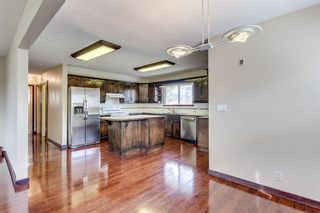 Photo 5: 2510 26 Street SE in Calgary: Southview Detached for sale : MLS®# A1105105