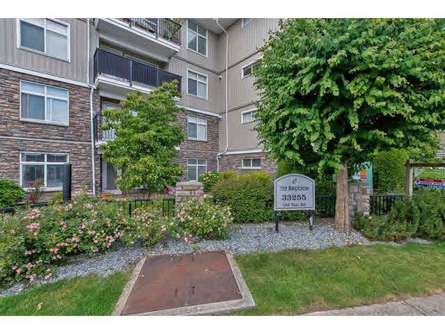 Main Photo: 206 33255 OLD YALE ROAD in : Central Abbotsford Condo for sale : MLS®# F1446876