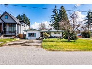 "Main Photo: 2332 ARBUTUS Street in Abbotsford: Central Abbotsford House for sale in ""Clearbrook"" : MLS®# R2551470"