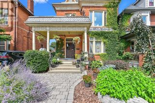 Photo 3: 30 ONTARIO AVE in Hamilton: House for sale : MLS®# X5372073