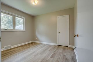 Photo 10: 94 Farewell Street in Oshawa: Donevan Freehold for sale