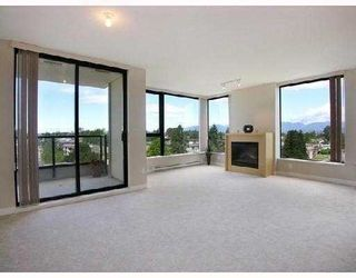 Photo 1: 703 7088 SALISBURY AVENUE in Burnaby: Highgate Condo for sale (Burnaby South)  : MLS®# R2209667