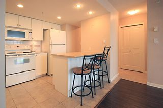 Photo 7: 1704 615 HAMILTON STREET in New Westminster: Uptown NW Condo for sale : MLS®# R2136770