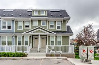 Photo 2: 218 Cranford Mews SE in Calgary: Cranston Row/Townhouse for sale : MLS®# A1127367