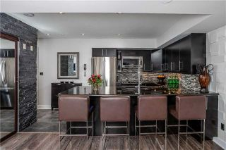 Photo 9: 21 Earl St Unit #315 in Toronto: North St. James Town Condo for sale (Toronto C08)  : MLS®# C4092440