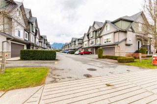 Photo 2: 21 1609 AGASSIZ-ROSEDALE NO 9 Highway: Townhouse for sale in Agassiz: MLS®# R2545826
