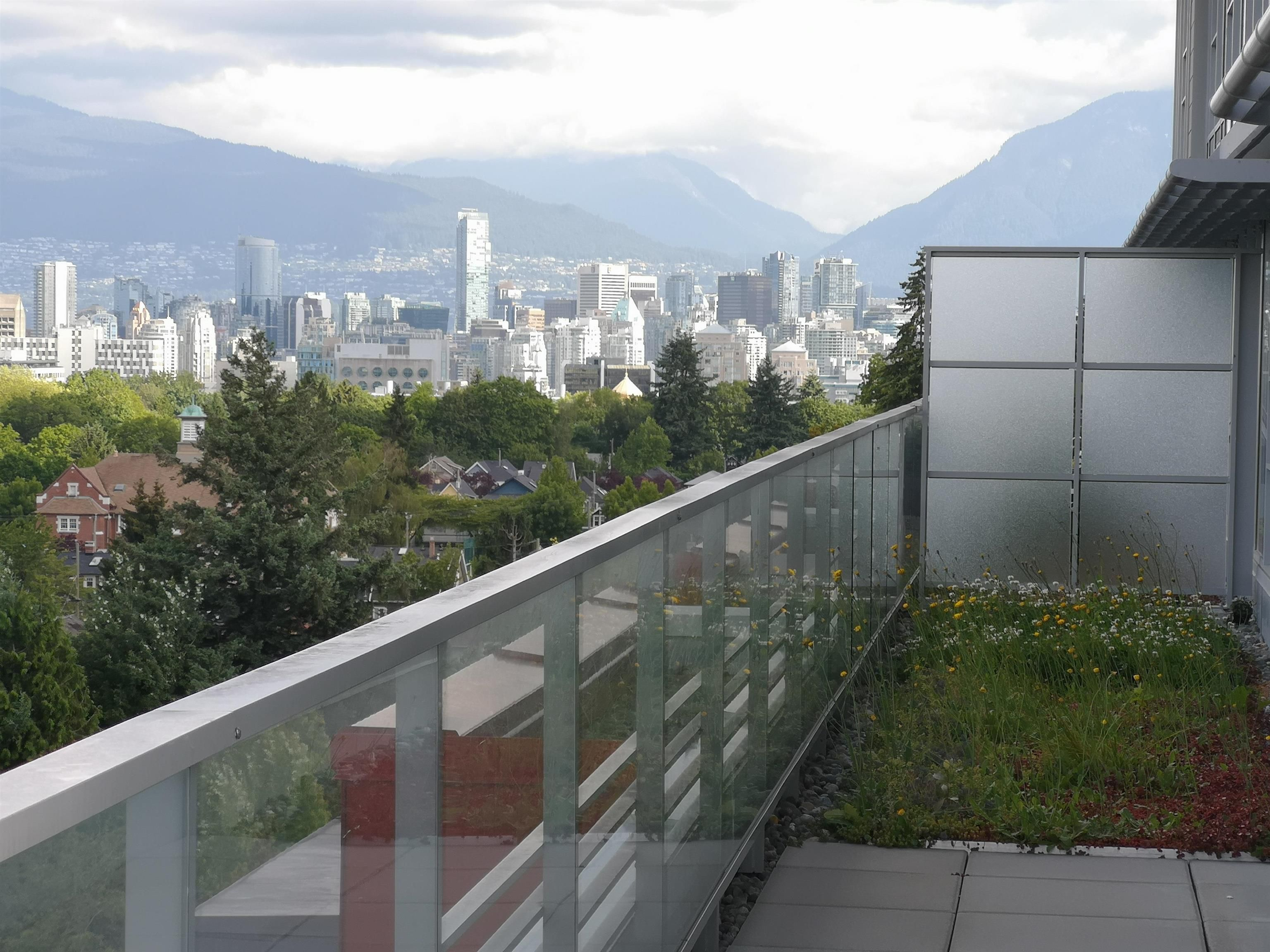 """Main Photo: 802 4083 CAMBIE Street in Vancouver: Cambie Condo for sale in """"CAMBIE STAR"""" (Vancouver West)  : MLS®# R2617742"""