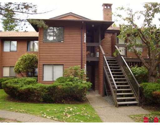 """Main Photo: 2304 10620 150TH Street in Surrey: Guildford Townhouse for sale in """"Lincoln's Gate"""" (North Surrey)  : MLS®# F2716715"""
