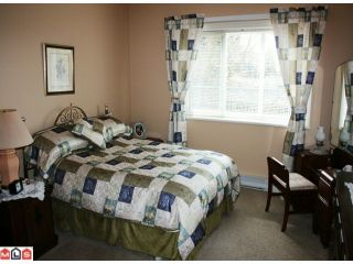 """Photo 6: 309 34101 OLD YALE Road in Abbotsford: Central Abbotsford Condo for sale in """"YALE TERRACE"""" : MLS®# F1008524"""