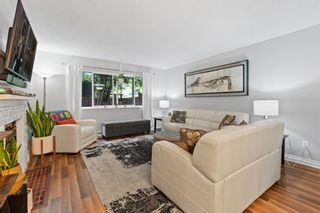 """Photo 3: 11658 KINGSBRIDGE Drive in Richmond: Ironwood Townhouse for sale in """"Kingswood Downes"""" : MLS®# R2598051"""