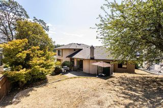 Photo 15: 1204 Politano Pl in VICTORIA: SW Strawberry Vale House for sale (Saanich West)  : MLS®# 822963