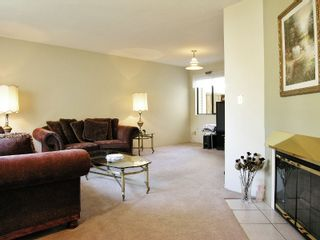 Photo 2: 4 3320 ULSTER ST in Port Coquitlam: Lincoln Park PQ Townhouse for sale : MLS®# V610116
