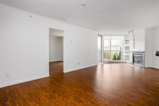 "Photo 11: 301 1425 W 6TH Avenue in Vancouver: False Creek Condo for sale in ""MODENA OF PORTICO"" (Vancouver West)  : MLS®# R2562164"