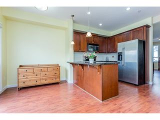 """Photo 6: 26 20159 68 Avenue in Langley: Willoughby Heights Townhouse for sale in """"VANTAGE"""" : MLS®# R2133104"""