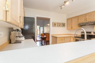 """Photo 8: 13 19274 FORD Road in Pitt Meadows: Central Meadows Townhouse for sale in """"Monterra South"""" : MLS®# R2114139"""