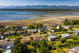 Photo 42: 2070 Beaton Ave in : CV Comox (Town of) House for sale (Comox Valley)  : MLS®# 881528
