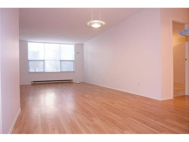 """Photo 4: Photos: # 284 8333 JONES RD in Richmond: Brighouse South Townhouse for sale in """"CAMELIA GARDENS"""" : MLS®# V985608"""