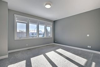 Photo 13: 826 19 Avenue NW in Calgary: Mount Pleasant Semi Detached for sale : MLS®# A1073989