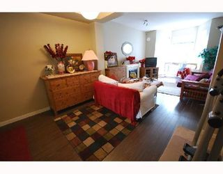 Photo 3: 23 6099 ALDER Street in Richmond: McLennan North Townhouse for sale : MLS®# V759171