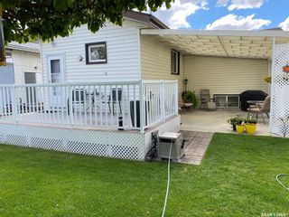 Photo 3: 267 Central Avenue South in Swift Current: South East SC Residential for sale : MLS®# SK857132