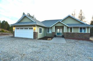 Photo 1: 2179 WHITE Road in Williams Lake: Lakeside Rural House for sale (Williams Lake (Zone 27))  : MLS®# R2563584