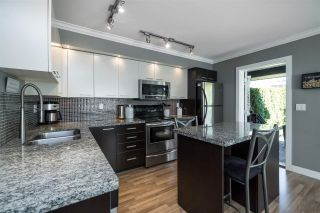 """Photo 8: 48 19448 68 Avenue in Surrey: Clayton Townhouse for sale in """"NUOVO"""" (Cloverdale)  : MLS®# R2365136"""