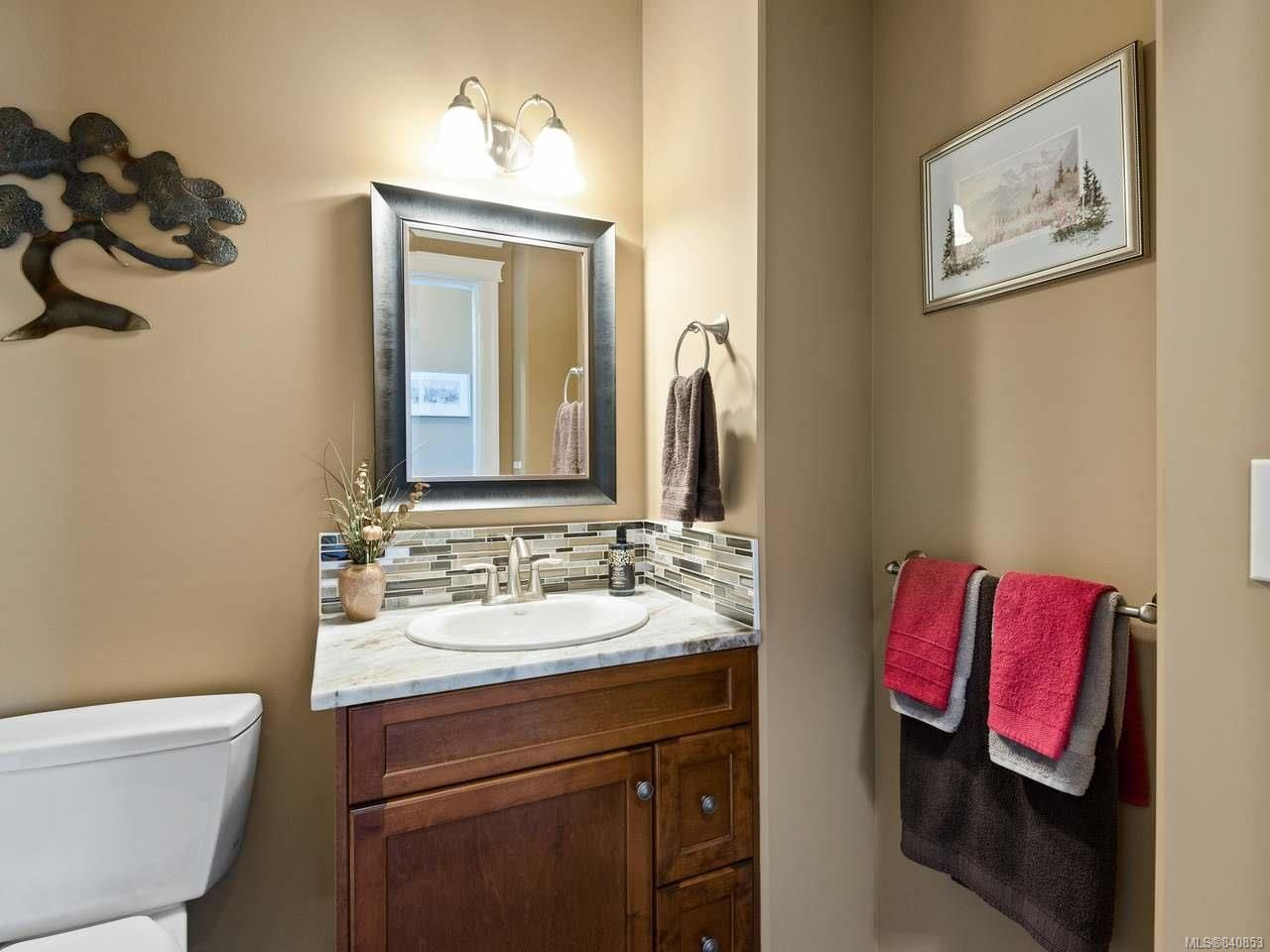 Photo 37: Photos: 206 Marie Pl in CAMPBELL RIVER: CR Willow Point House for sale (Campbell River)  : MLS®# 840853