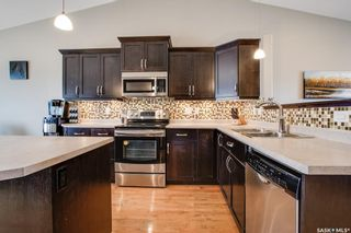 Photo 6: 406 Laycock Crescent in Saskatoon: Stonebridge Residential for sale : MLS®# SK806574