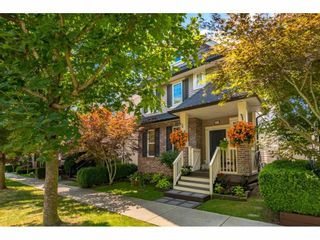 Photo 2: 6757 193A Street in Surrey: Clayton House for sale (Cloverdale)  : MLS®# R2478880