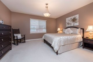 Photo 12: 2208 8485 YOUNG Road: Condo for sale in Chilliwack: MLS®# R2527985