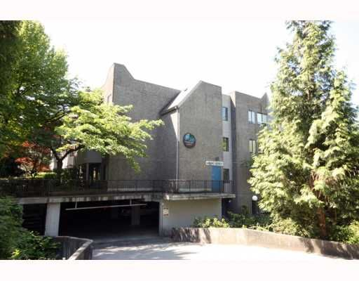 """Main Photo: 304 9880 MANCHESTER Drive in Burnaby: Cariboo Condo for sale in """"BROOKSIDE COURT"""" (Burnaby North)  : MLS®# V768582"""
