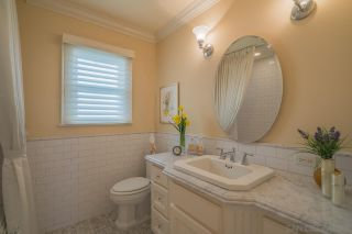 Photo 11: MISSION HILLS House for sale : 4 bedrooms : 4130 Sunset Rd in San Diego