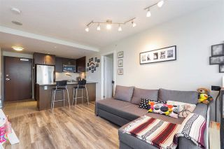 """Photo 3: 607 2978 GLEN Drive in Coquitlam: North Coquitlam Condo for sale in """"GRAND CENTRAL"""" : MLS®# R2302691"""