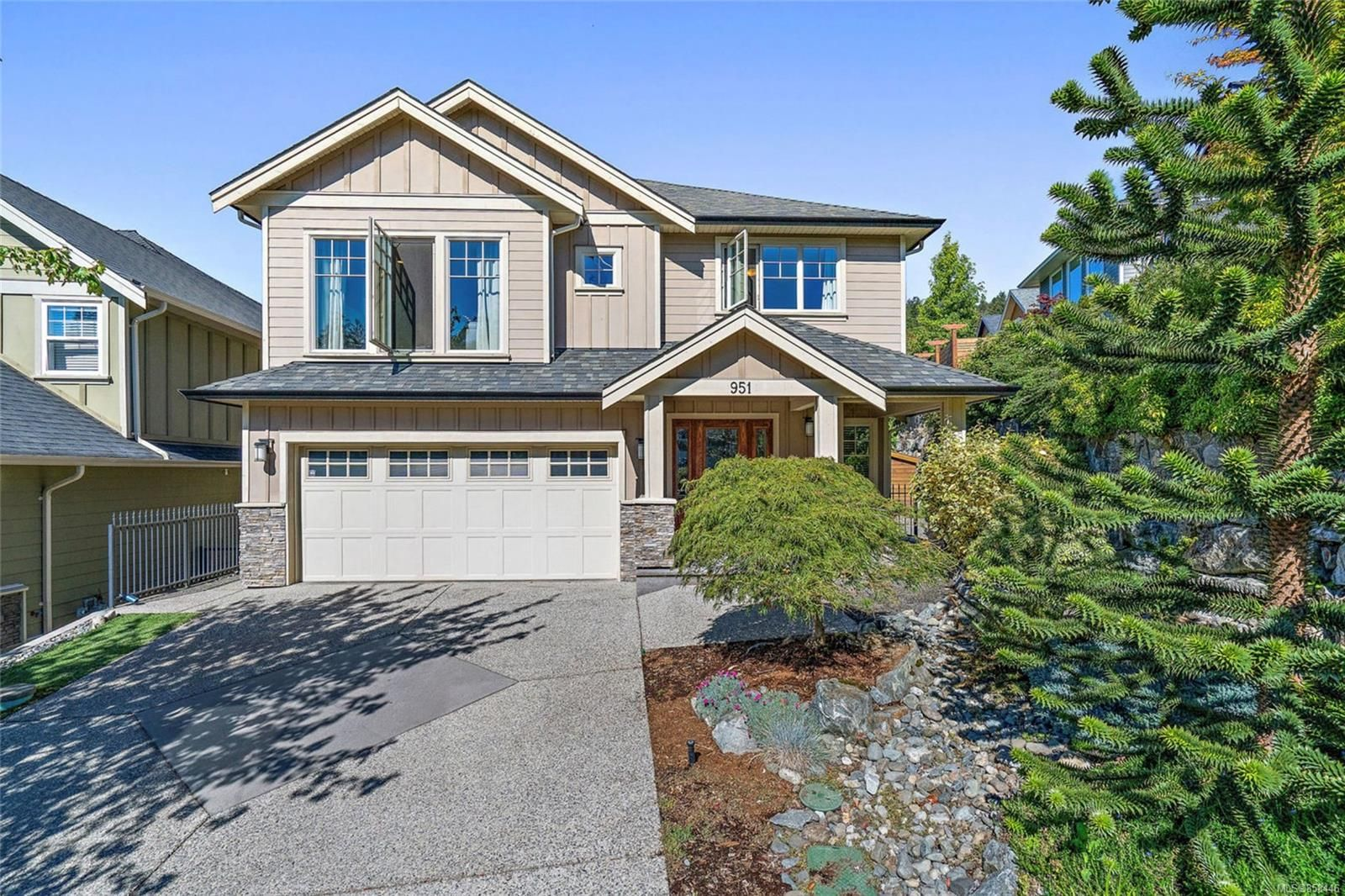 Main Photo: 951 Gade Rd in : La Florence Lake House for sale (Langford)  : MLS®# 858446