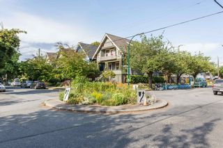 """Photo 9: 20 W 14TH Avenue in Vancouver: Mount Pleasant VW House for sale in """"CITY HALL"""" (Vancouver West)  : MLS®# R2615615"""