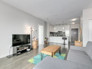 Photo 5: 613 9388 TOMICKI Avenue in Richmond: West Cambie Condo for sale : MLS®# R2602840