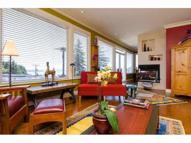 """Photo 7: Photos: 1159 BALSAM Street: White Rock House for sale in """"UPPER EAST BEACH"""" (South Surrey White Rock)  : MLS®# F1445609"""